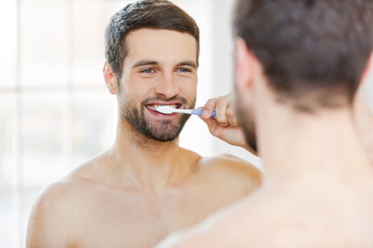 1日3回食後3分以内に歯を磨きましょう