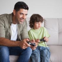 最近ではゲーム実況に憧れを抱く小学生はかなり増えています。