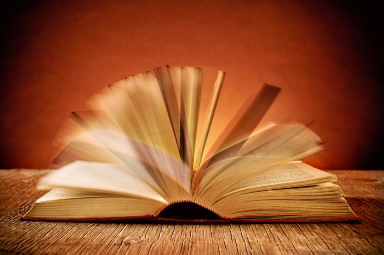 多読家は特殊な訓練をせず、自然に「プチ速読」の技を習得しています。