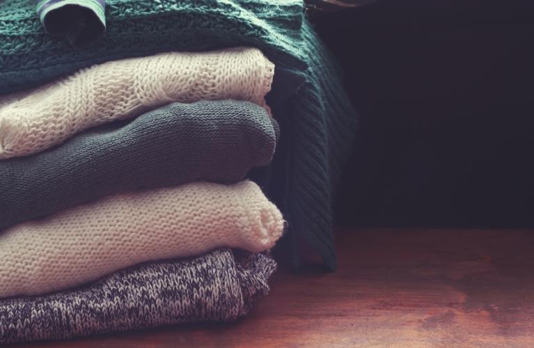 セーターやニットなど実はブラッシングが使えるものって実は結構多いのです。