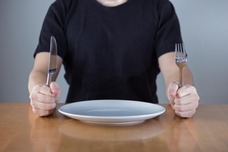 食間が5時間以上あいてしまう場合もプロテインの出番となります。