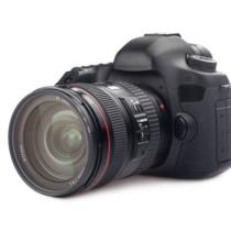 自分で撮影した画像がなんとなく物足りなく感じたら、本格的なカメラを買うべきでしょう。