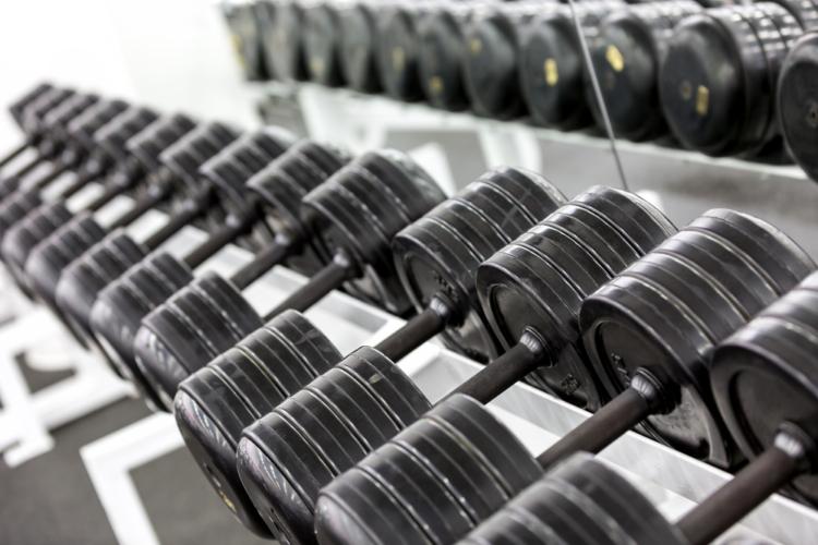 重量の選択も背筋群のトレーニングではシビアに考えるべき