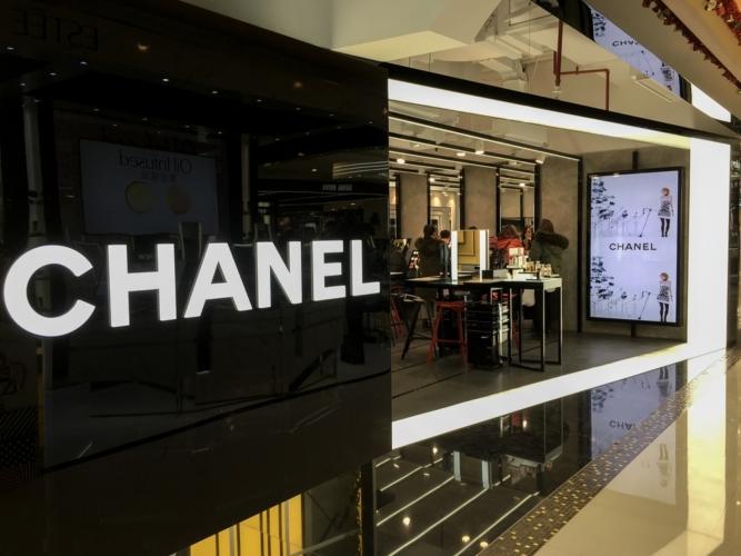 女子が心を動かされる物語を持つブランドがシャネル