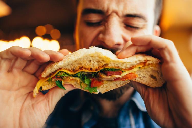 食べ過ぎも食べなさ過ぎも問題アリ!