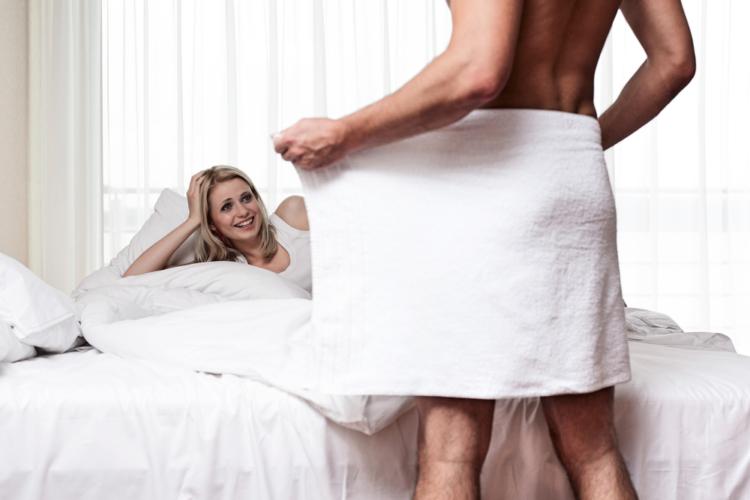 亜鉛は男性ホルモンの量を増やしてくれます。