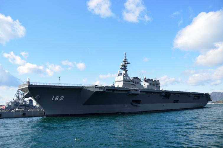 現在、世界共通の分類として誰もが納得する単語として航空母艦と潜水艦があります。