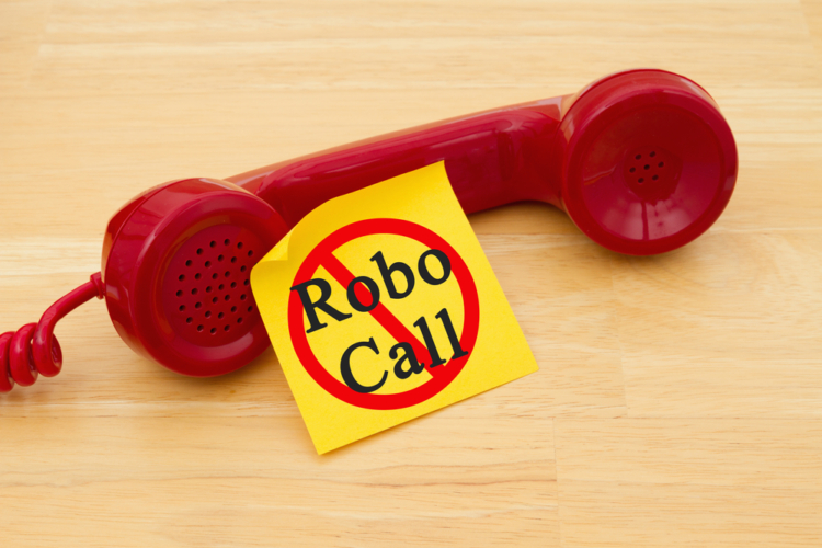 ROBOCALLの詐欺電話が普及するかも
