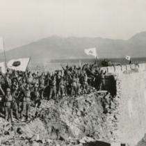 日本本土はマリアナ諸島から発進したB-29の空襲を受けるようになり、本格的に講和への道を模索し始めました