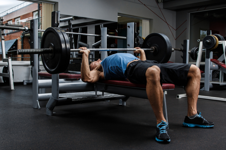 ベンチプレスの重量設定と注意点