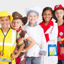 親とその子供たちに対してそれぞれ「将来就きたい仕事」に関してのアンケートをとりました。