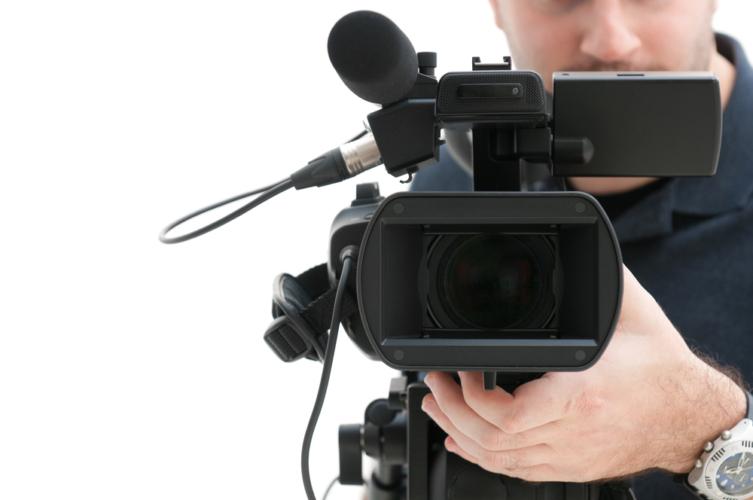 テレビ局は盗撮の常習犯