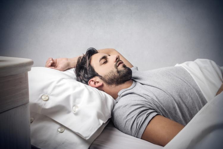 十分な睡眠中に筋肉は発達する