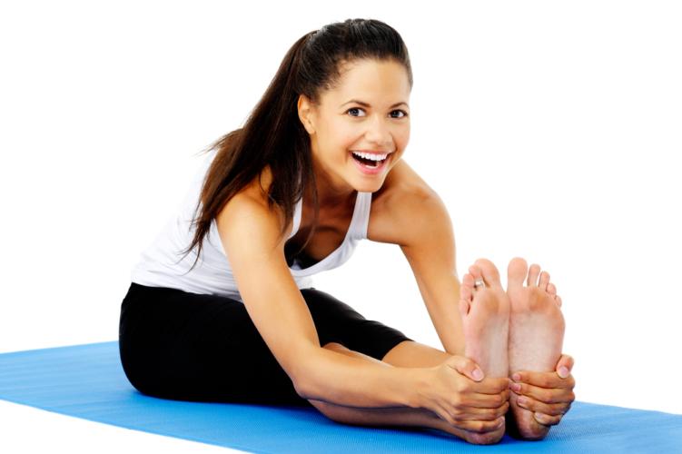 脚から背中までしっかり動的ストレッチで伸ばしていきます。
