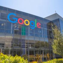 いまだにグーグルを検索の会社だと思っている方がいるようですが、実際はグーグルは様々な商品をインターネット上で展開し、日常にも深く関わる企業です。