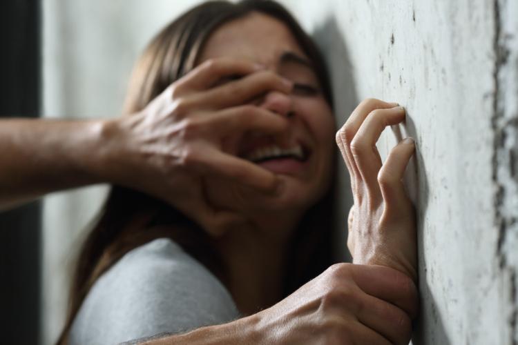 PTSDで苦しんでいる場合もある。
