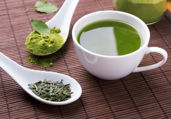 粉末緑茶で乗り越える睡魔
