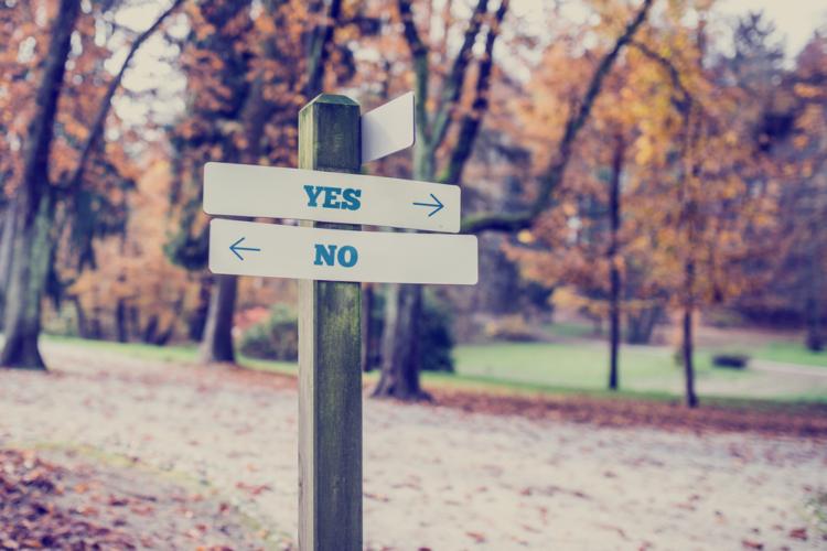 コミュニケーションは、「YESNO」と「指示や依頼」の2種類しかないと考えるべき