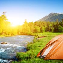 キャンプでの川遊びの際に注意すべき4つのことを紹介していきたいと思います。