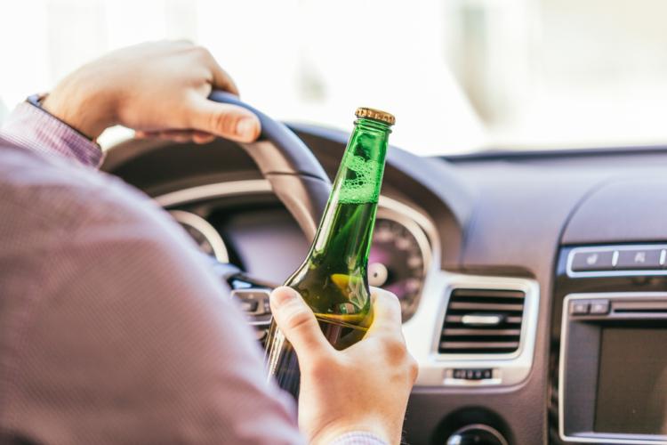 酒気帯び運転は飲酒運転と何がちっがうのか