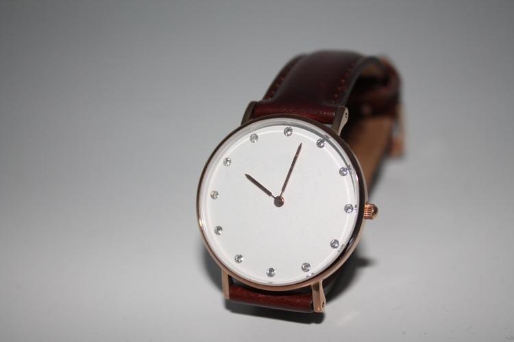 なぜ、その時計を身に着けているのでしょうか。