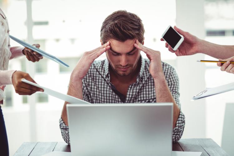 ストレスも男性ホルモンが減る原因です