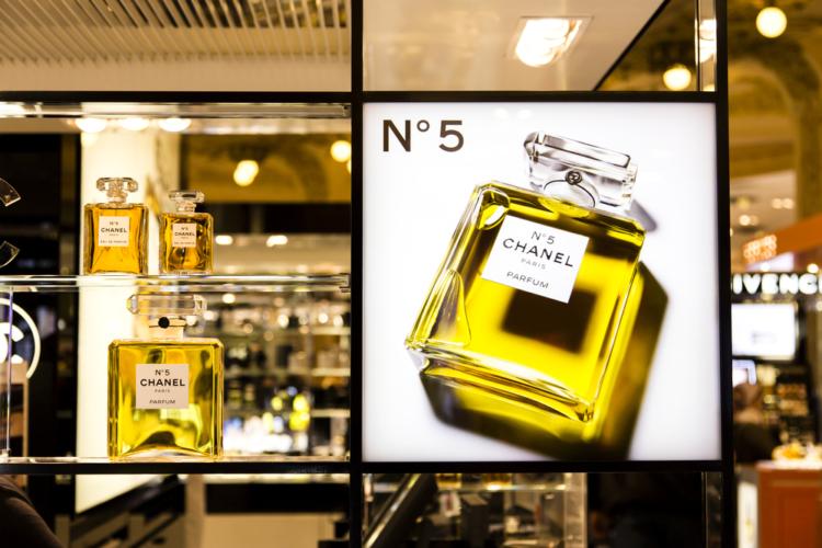 香水といえば、マリリンモンローとシャネルNo.5