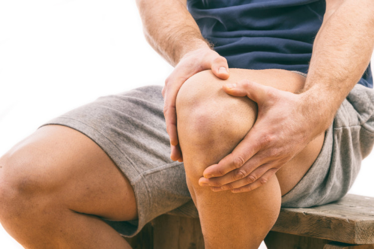 膝の負担を軽減させるにはセルフエクササイズがおすすめ