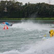 優勝戦は1号艇に湯川浩司選手・2号艇に石野貴之選手と大阪勢が占めました。