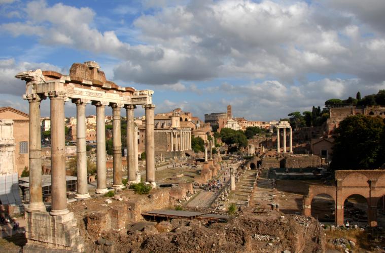 乱交パーティーで結婚を祝う『古代ローマ』