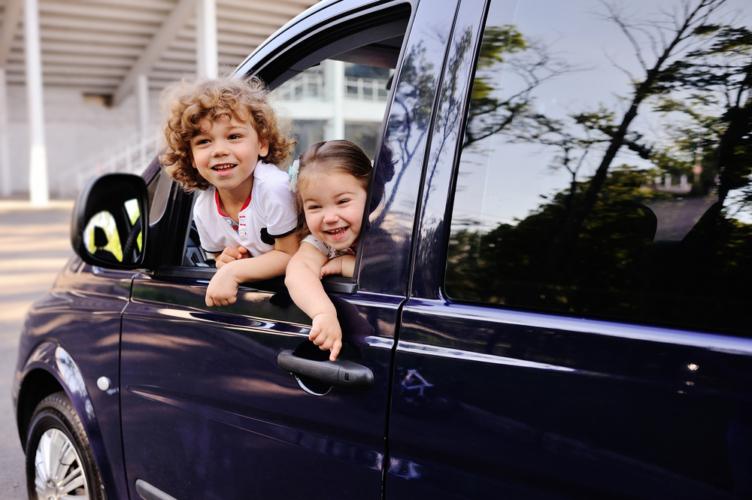 なぜトヨタのミニバンは、オラ付くのか