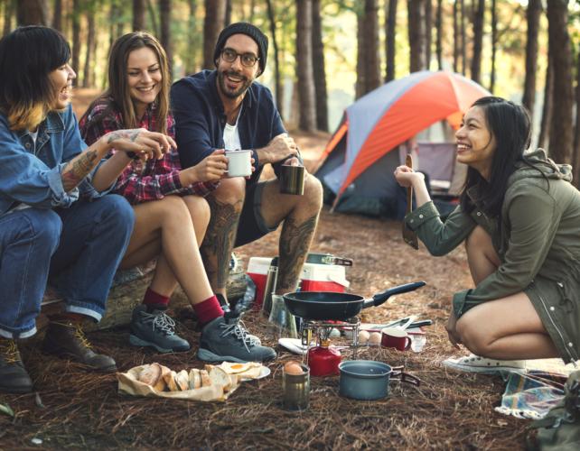 キャンプで簡単にアウトドア料理が作れるコツを紹介していきます。