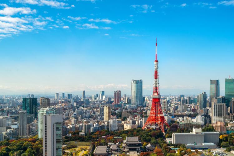 ほぼまるごと移転するか一部の分散で基本的には東京に残すかの選択