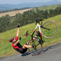 クロスバイクやロードバイクはパンクする確率がママチャリに比べて高いです。