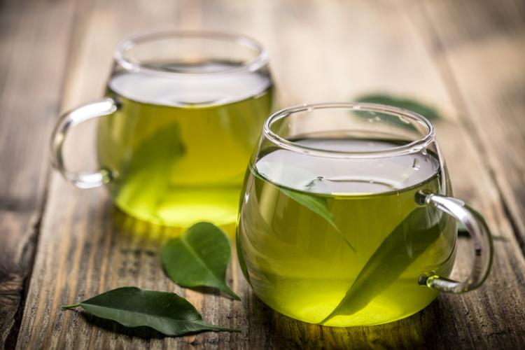 お茶と和食を和モダンな空間で楽しめる「伊右衛門サロン京都」