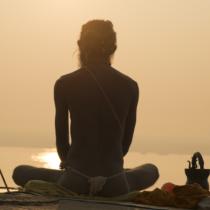 瞑想の第一歩は、リラックス状態に入ること
