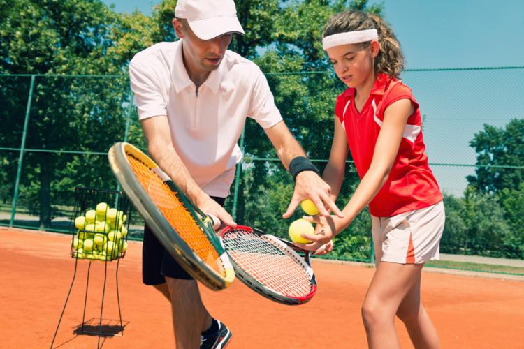 テニスの第一歩はスクール選びから