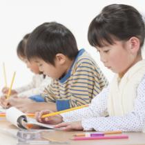 公立小学校の子が通う補講塾