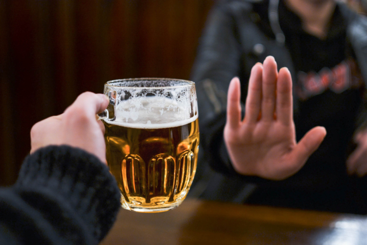 アルコール依存症最終段階に突入する前に