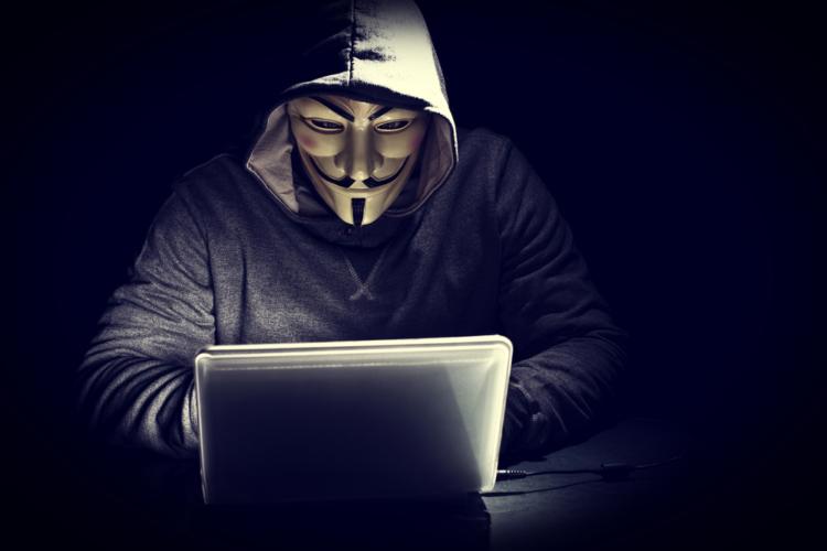 インターネットは匿名ではないと再認識するべき