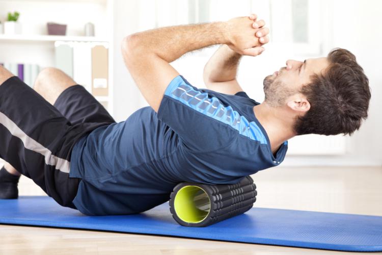 筋膜リリース用のフォームローラーの正しい使い方は