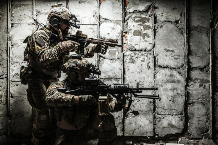 特殊作戦群の手本や隊員について