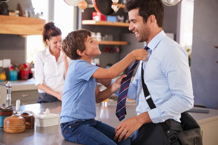 ネクタイを華やかに結ぶ際の注意点