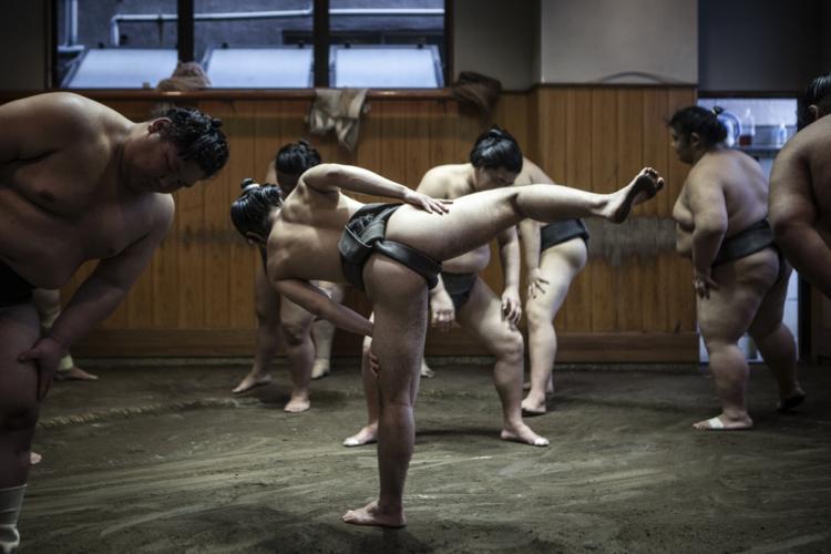 四股は意外と高強度トレーニング