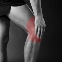 膝関節は横方向の動きに弱い