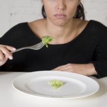 「食べる量を減らす」という行為は本当に難しい
