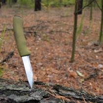 初めて買う人は「Mora knife Companion Heavy Duty MG」がオススメ