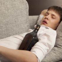 年齢とともに酒は弱くなる?