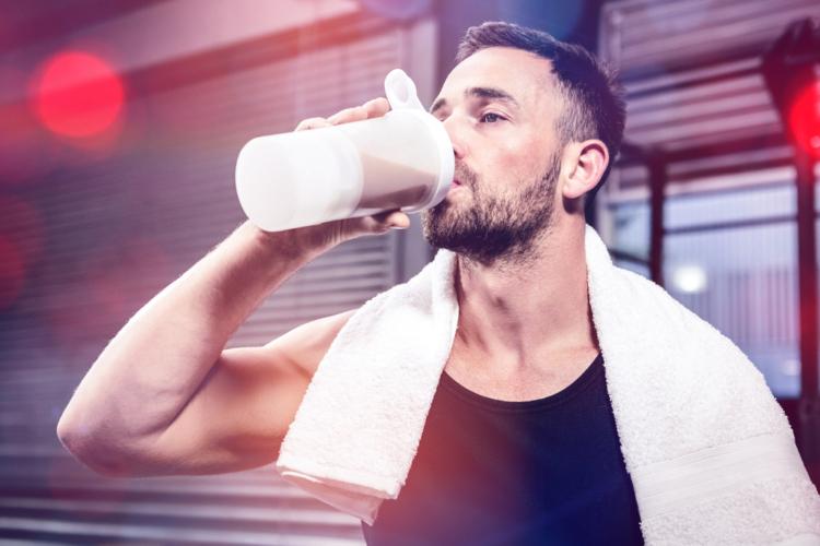 タンパク質大量摂取の害
