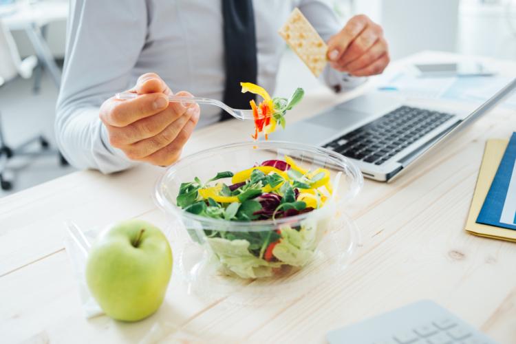 食事管理の重要性を知る